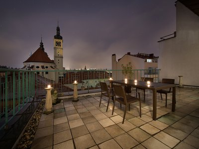EA Hotel Royal Esprit**** - Executive Junior Suite mit der Prager Burg Blick Terrasse - Terrasse