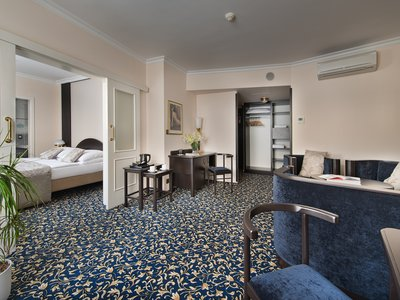 EA Hotel Royal Esprit**** - Апартамент d'Esprit