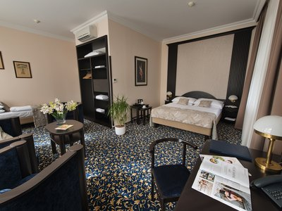 EA Hotel Royal Esprit**** - triple room